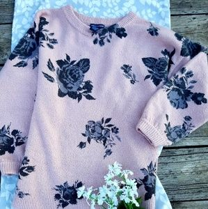 chelsea & theodore sweater size xs